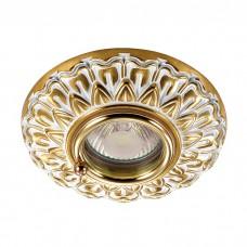 Встраиваемый светильник в классическом стиле | 370051